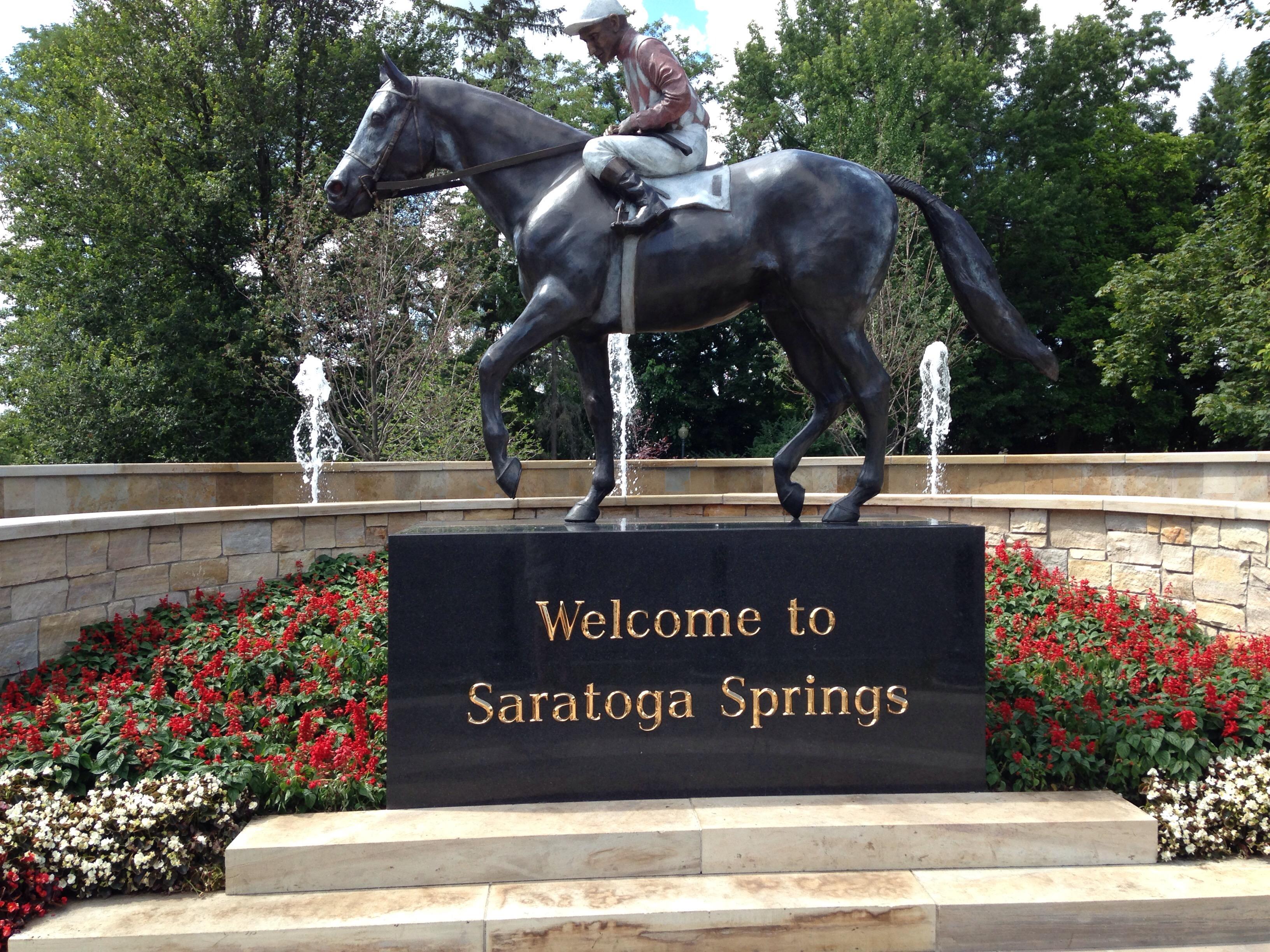 6361310412698126051225807044_Native_Dancer_statue_Saratoga_Springs_NY